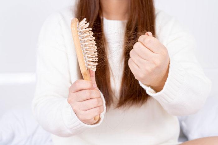 فلوکستین ریزش مو،اوج ریزش مو،قرص ضد استرس برای ریزش مو،درمان ریزش موی عصبی در طب سنتی،آیا موهای ریخته شده باز میگردد،ریزش مو سکه ای ریزش مو شدید دارم،ریزش موی عصبی نی نی سایت