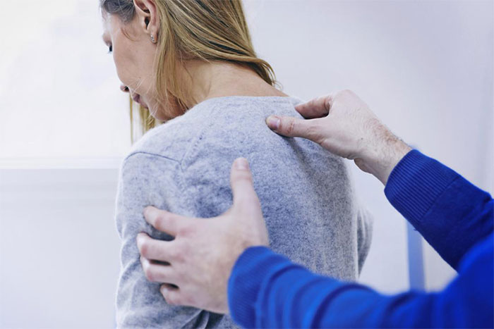 درد پشت سمت چپ بدن،درد پشت جناغ سمت چپ،درد بالای کمر در هنگام خواب،علت درد دنده های پشت سمت راست،درد پشت قفسه سینه سمت چپ،علت درد پشت قلب،علت درد پشت کمر و تنگی نفس،درد وسط پشت بین دو کتف